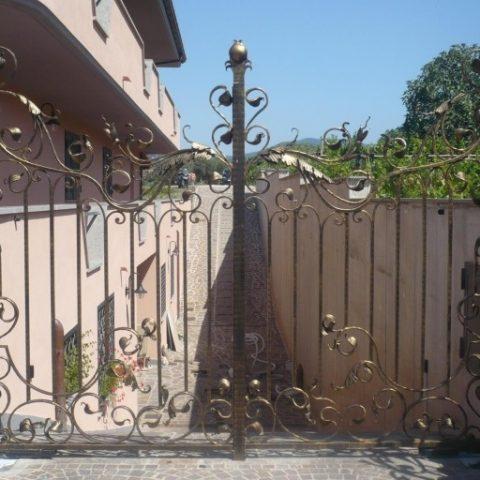 Cancello carrabile in ferro battuto CC 02