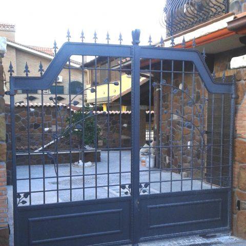 Cancello carrabile in ferro battuto CC 32