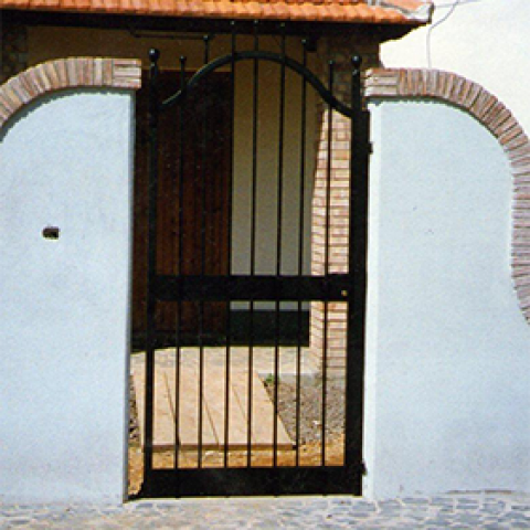 Cancello pedonale in ferro battuto CP 05