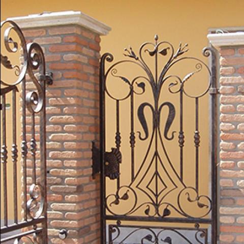 Cancello pedonale in ferro battuto CP 11