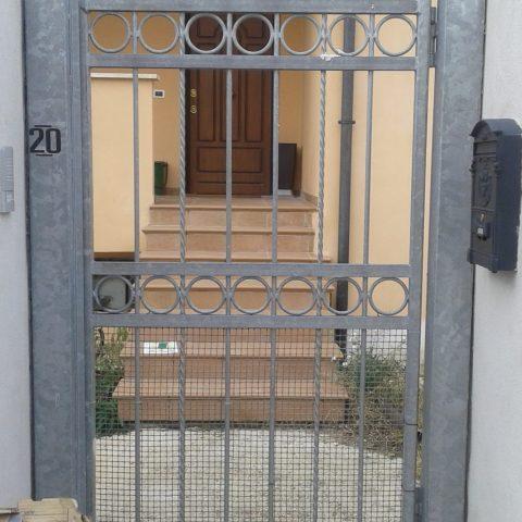 Cancello pedonale in ferro battuto CP 14
