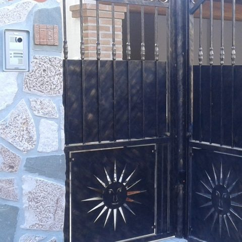 Cancello pedonale in ferro battuto CP 16
