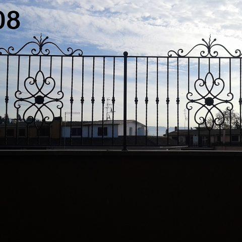 Ringhiera per recinto in ferro battuto RR 08