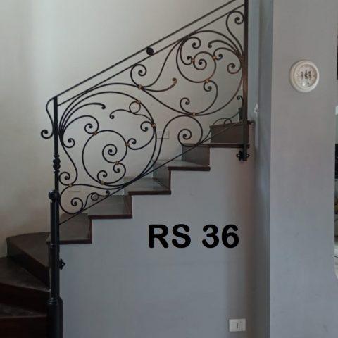 Ringhiera per scala in ferro battuto RS 36
