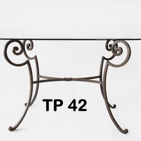Tavolo da pranzo in ferro battuto TP 42