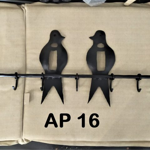 Appendiabiti in ferro battuto AP 16