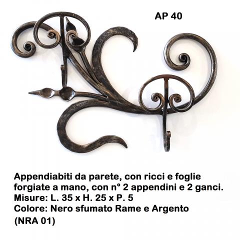 Appendiabiti in ferro battuto AP 40