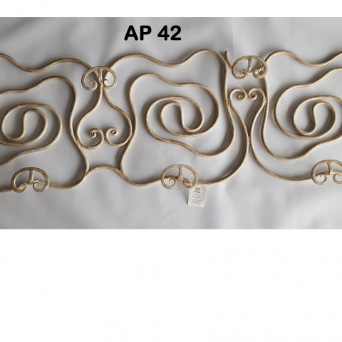 Appendiabiti in ferro battuto AP 42