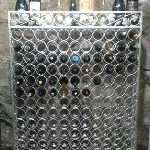 Porta bottiglie in ferro battuto CA 36
